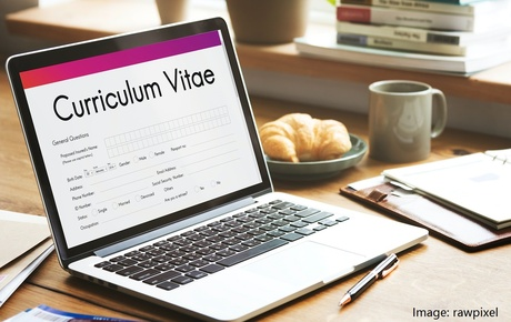 CV TIPS - 6 Recruiter Tips To Getting Your CV Seen And Landing An Interview